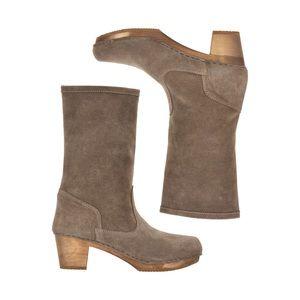 Sanita Clog Boots in Beige